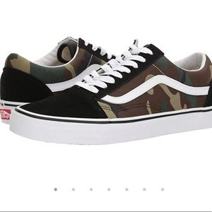 NEW VANS OLD SKOOL CAMO Women 7.5